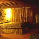La Country House Assisana ha camere tutte arredate con stile